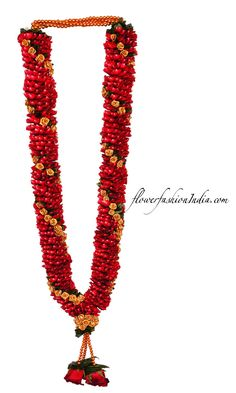 Shop For The Quintessential Red And Gold Varmala In A Bedazzling Red Rose Petal Flower Garland With Spiral Tissue Flowers Indian Wedding Flowers, Flower Garland Wedding, Rose Petals Wedding, Red Rose Petals, Rose Garland, Flower Garlands, Bridal Flowers, Red Roses, Wedding Garlands