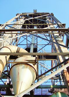 Grain Silos and Supporting Structures -  South Quay, King's Lynn. Norfolk. Located along the South Quay and Millfleet, these imposing structures are now unfortunately no longer in existence. A site which was once a joy to walk around and which spoke of its relationship with the shipping industry and the adjacent 'Great Ouse'. Photograph taken in 2006. Grain Silo, Study Ideas, Norfolk, Photograph, Relationship, Joy, King, Photography, Glee
