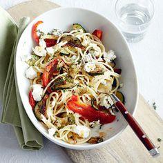 6 juni - Geitenkaas in de bonus - Recept - Pittige spaghetti met groenten en geitenkaas - Allerhande