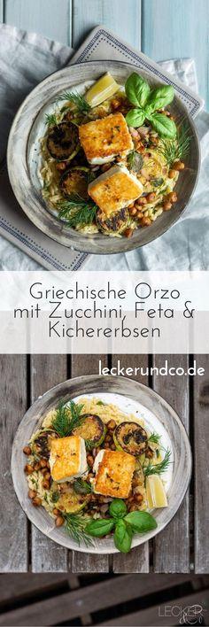 Vegetarisch, griechisch und schnell: so geht meine leckere Orzo Pfanne mit Zucchini, Kichererbsen, Feta und Joghurt. Frische Zitrone rundet das Gericht ab. #griechisch #vegetarisch #veggie #kichererbsen #zucchini #feta #gesund #schnell #feierabend Pesto Pasta, Orzo, Feta, Zucchini, Greek, Chic Peas, Easy Meals, Squashes