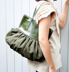 Pleated Bag Leather Canvas
