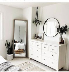Latest modern minimalist bedroom interior for 2019 Simple Bedroom Decor, Room Ideas Bedroom, Home Decor Bedroom, Simple Bedrooms, Bed Room, Bedroom Inspo, Bedroom Designs, Bedroom Dresser With Mirror, Masculine Bedrooms