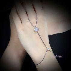 Zirconia cluster sunflower birdal hand chain bracelet ring Adjustable jewelry #crazycenter #Handletchainbraceletring