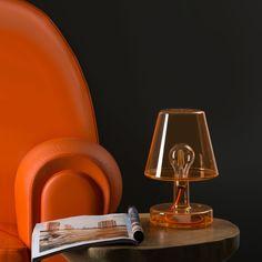 d35e0ad72f9d6ba549718b3c8db3fe85  polycarbonate transparent 5 Beau Lampe A Poser Rechargeable Kdh6
