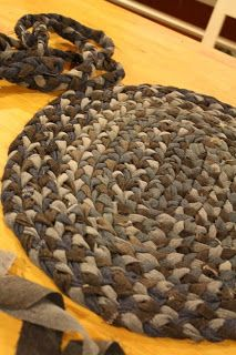 Making a braided rug from blue jeans