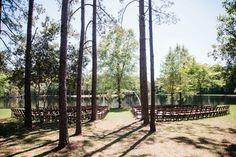 southern-wedding-lakeside-ceremony