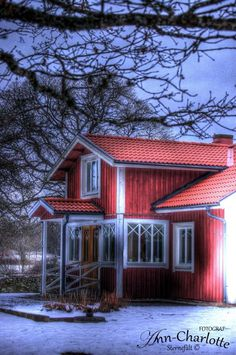 Home Fashion, Sweden, Sweet Home, Cabin, Homes, House Styles, Red, Home Decor, Houses