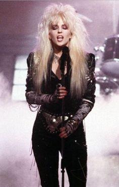 Untitled 80s Rock Fashion, Metal Fashion, Punk Fashion, Style Glam, Female Rock Stars, Hair Metal Bands, Heavy Metal Girl, Women Of Rock, Estilo Rock