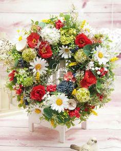 Vence, Floral Wreath, Wreaths, Home Decor, Floral Crown, Decoration Home, Door Wreaths, Room Decor, Deco Mesh Wreaths