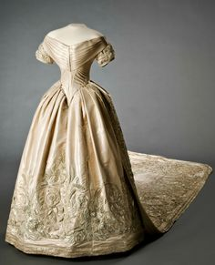 Wedding dress of Queen Lovisa of Sweden and Norway (née Princess Louise of the Netherlands), who married King Karl XV on June 19, 1850, in Stockholm Cathedral. Livrustkammaren (The Royal Armory) / Matti Östling. See https://commons.wikimedia.org/wiki/File:Kronprinsessan_Lovisas_brudkl%C3%A4nning_och_sl%C3%A4p_-_Livrustkammaren_-_86108.tif. CLICK FOR VERY LARGE, HI-RES IMAGE.