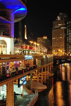 Beautiful City of Chicago at night .. #chicago