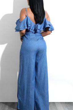 Look perfectly chic yet totally on-trend in this,if you want to see our complete catalog of jumpsuits, please browse our menu. Denim Fashion, Hijab Fashion, Fashion Outfits, African Wear, African Dress, Western Wear For Women, Casual Jumpsuit, African Fashion Dresses, Jeans Dress