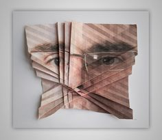 In his series 'Pro und Kontrabass' Austrian artist Aldo Tolino folds sculptural objects from photographs. Every image can be printed, therefore every image can be. Geometric Shapes Art, Art Alevel, Origami Paper Art, Building Art, Glitch Art, Foto Art, Design Graphique, Human Art, Art Plastique