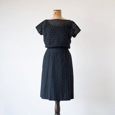 Vintage 1950s dress / black eyelet / 50s black shift dress Pat Hartly XS / S