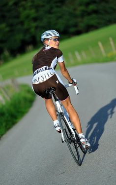 amgroma:  Check out http://amgroma.tumblr.com/ for more posts like this one. Cycling, Women, Metal, and Luxury.