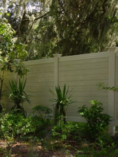 1000 Ideas About Vinyl Privacy Fence On Pinterest Vinyl