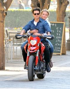 Tom Cruise and Cameron Diaz riding a ducati hypermotard on Knight and Day
