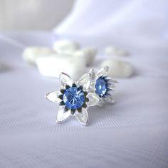 "Ohrstecker Lotusblüte Silber 925 - Swarovski ""Saphir"" Swarovski, Jewelery, Rings, Sterlingsilber, Outfit, Sapphire, Diamond, Beautiful Earrings, Brooch"