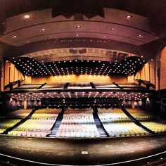 Housed within Chicago's famed McCormick Place, this 45-year-old, completely renovated theater has 4,267 seats.