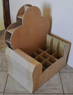 Un fauteuil d'enfant en carton - Ln et ses créations