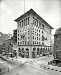 "New York circa 1906. ""Gorham Co. building, Fifth Avenue and 36th Street."" New headquarters, designed by Stanford White, of the noted silver-making concern."