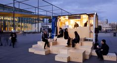 Exposition pop-up. - Pop Up Bar. You can almost envision the quick and simple move and set up of this great pop-up space! PopUp Republic exposure strategies + food interventions + out-of-door Australian Interior Design, Interior Design Awards, Kiosk Design, Retail Design, Urban Furniture, Street Furniture, Food Trucks, Tactical Urbanism, Pop Up Cafe