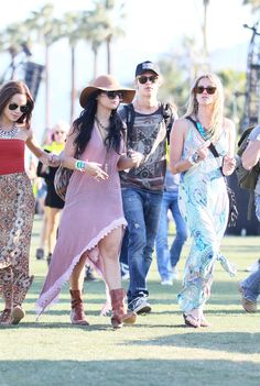 Vanessa Hudgens and her boyfriend Austin Butler hung out with friends on Saturday at Coachella.