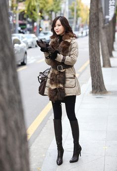 Comfortable Another Goal Support Piece - Style - Cozy Fashion, Fur Fashion, Asian Fashion, Winter Fashion, Womens Fashion, Fashion East, Kate Middleton Jeans, Skinny Asian, Cute Coats