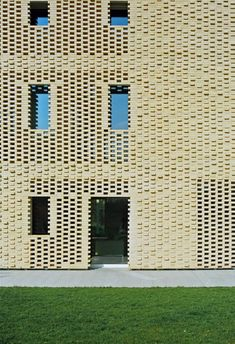 Country House // Elasticospa + Elastico 3 // Sacile, Pordenone, Italy