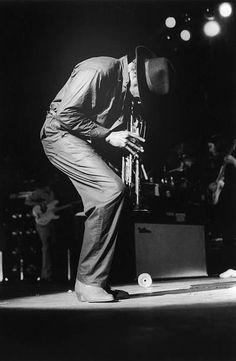 American jazz musician Miles Davis in concert, circa Roland Kirk, Newport Jazz Festival, Freddie Hubbard, John Lee Hooker, Thelonious Monk, Jazz Art, Duke Ellington, Education Humor, Billie Holiday
