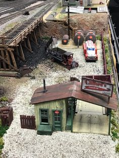 Show us your trestles! N Scale Train Layout, Model Train Layouts, N Scale Model Trains, Scale Models, Ho Train Track, Lionel Trains Layout, Model Building Kits, Building Ideas, Ho Scale Buildings