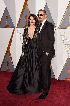 Olha só para eles.   Precisamos falar sobre Tom Hardy na cerimônia do Oscar 2016