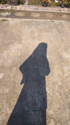 Shadow Hijab Gown, Hijab Style Dress, Hijab Niqab, Casual Hijab Outfit, Hijab Chic, Mode Hijab, Niqab Fashion, Muslim Fashion, Look Fashion