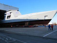 ラドロア(L'adroit)。フランスのDCNSが設計した哨戒艦の一隻。COMINT(通信情報)システムなどを搭載してUAV(無人航空機)やUSV(無人水上艇)などの母艦として運用可能とのこと。少なくとも21ノットの速度を発揮する。
