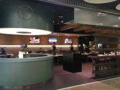 Sala del restaurante Kirei by Kabuki en el aeropuerto de Barajas. Madrid