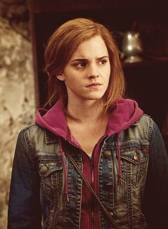 Hermione - Harry Potter and the Deathly Hollows Part 2 Harry Potter Hermione, Saga Harry Potter, Mundo Harry Potter, Harry Potter Universal, Harry Potter Characters, Harry Potter World, Ron Weasley, Hermione Granger Costume, Draco