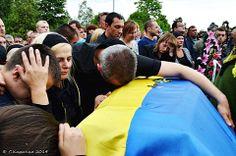 Степан Карачко 22 6 14 У Чернівцях поховали загиблих 8 воїнів