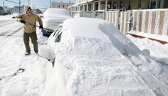 Northeast U.S. snowcapped Thickness -        ,   Boston   – A snowstorm hit the northeastern United States since Friday, January 3, 2014 local time. The storm has made the area covered in snow up to tens of centimeters thick.    As quoted by Reuters  on Saturday, January 4, 2014, the storm has made thousands of flights... - http://www.technologyka.com/indonesia