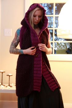 it's knitted, but such a cool idea and really great colors! Nox (backless, sleeveless cardigan) - KNITTING