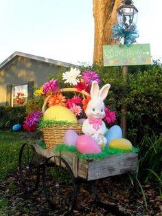 Top 15 Easy Easter Garden Decor Ideas – Backyard Design For Cheap Party Project - Homemade Ideas Hoppy Easter, Easter Bunny, Easter Eggs, Diy Easter Decorations, Decoration Table, Outdoor Decorations, Diy Osterschmuck, Easter Garden, Diy Ostern