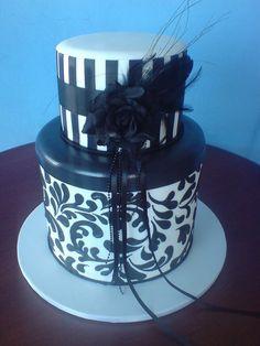 Black and white wedding - by Paul Delaney @ CakesDecor.com - cake decorating website