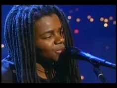 ▶ Tracy Chapman - Smoke And Ashes (Live 3/13) - YouTube