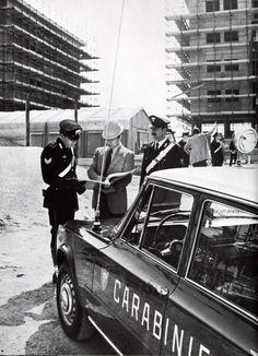 Alfa Romeo Giulia Carabinieri Alfa Romeo Gtv, Alfa Romeo Giulia, Classic Cars, Monster Trucks, Vehicles, Vintage Classic Cars, Car, Classic Trucks, Vehicle