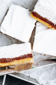 Summer Desserts, Fun Desserts, Dessert Recipes, Summer Treats, Low Carb Deserts, Low Carb Sweets, Breakfast Dessert, Dessert Bars, Keto Bars