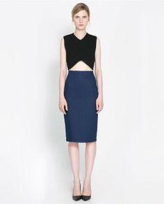 Image 1 de JUPE DENIM CRAYON de Zara 40