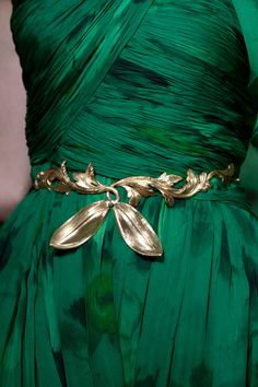 Leafy belt detail - Giambattista Valli