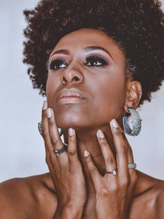 Lash Energizer is a unique eyelash growth serum Dark Complexion, Dark Skin Tone, Tan Skin, Dark Skin Nail Polish, Indigo Nails, Eyelash Growth, Be Natural, Glam Makeup, Bridal Makeup