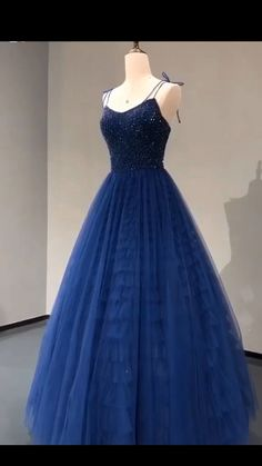 Beaded Tulle Royal Blue Prom Dresses Wedding Party Dresses - Source by berndendter - Senior Prom Dresses, Royal Blue Prom Dresses, Cute Prom Dresses, Prom Outfits, Quince Dresses, Tulle Prom Dress, Beautiful Prom Dresses, Wedding Party Dresses, Pretty Dresses