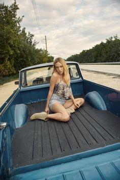 Chloe Sevigny modelt für Jimmy Choo SS 2016 | Interview