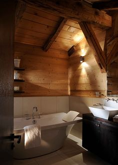 #Cabin #Decorating #Lodge #Chalet #Ski #Style #Mountain #Decor #bathroom #wood #raw #beams